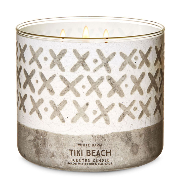 Nến thơm Bath & Body Works White Barn Tiki Beach, 411g