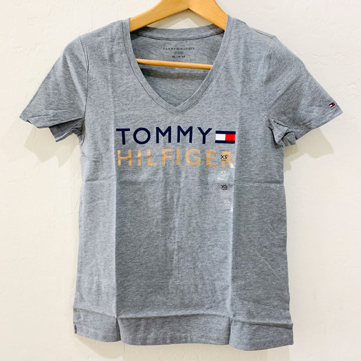 Tommy Hilfiger Classic Fit Essential Logo V- neck T-Shirt - Grey, Size XS